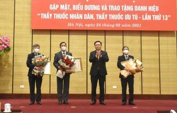 Hà Nội: Biểu dương các Thầy thuốc Nhân dân, Thầy thuốc Ưu tú