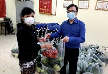 """Chung tay """"giải cứu"""" nông sản tỉnh Hải Dương"""
