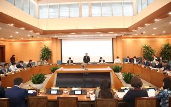 Tập thể Ủy ban nhân dân thành phố Hà Nội họp xem xét, quyết định các nội dung quan trọng