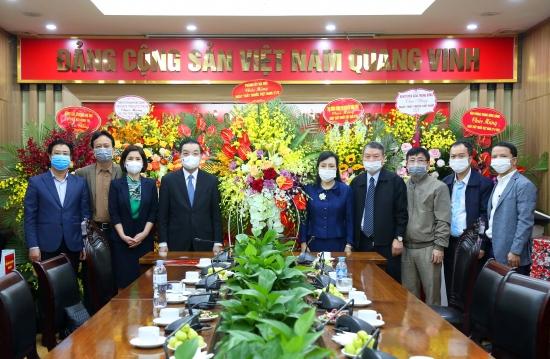 Lãnh đạo thành phố Hà Nội thăm, chúc mừng Ban Bảo vệ, chăm sóc sức khỏe cán bộ Trung ương