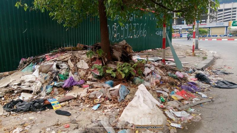 Nhếch nhác rác thải gây ô nhiễm môi trường