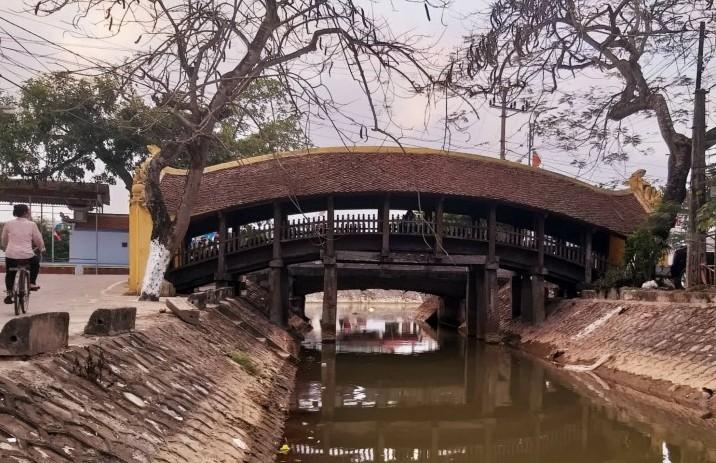 Chiêm ngưỡng di tích cầu Ngói hơn 500 tuổi ở Nam Định