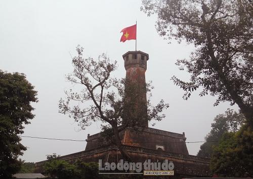 Cột cờ Hà Nội – nét đẹp cổ kính giữa lòng Thủ đô