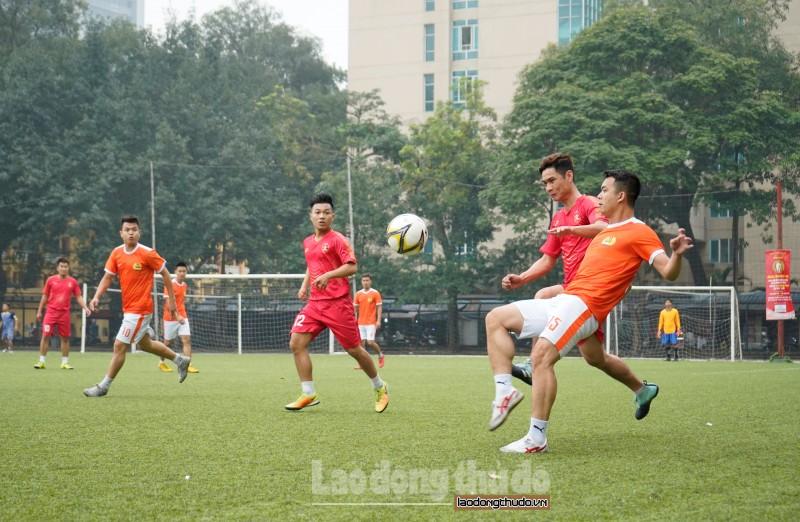 Xác định 4 đội vào bán kết giải bóng đá Cúp báo Lao động Thủ đô lần thứ V