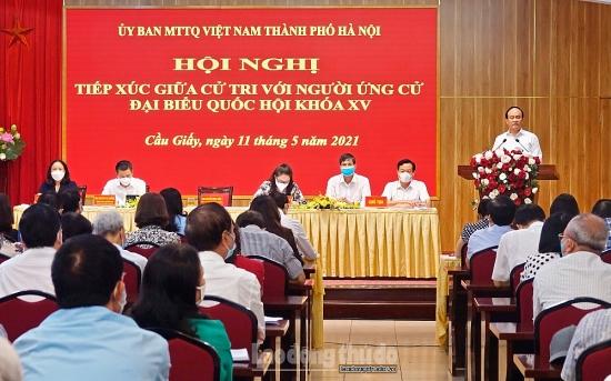 Các ứng cử viên đại biểu Quốc hội khóa XV tiếp xúc cử tri quận Cầu Giấy