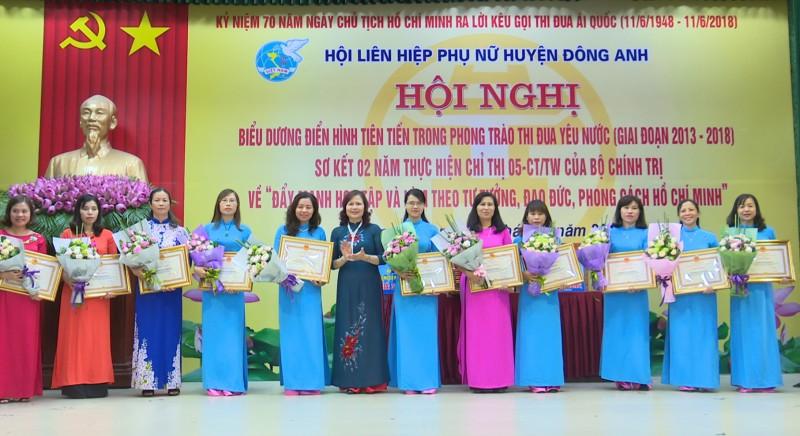 huyen dong anh bieu duong dien hinh tien tien trong phong trao thi dua yeu nuoc giai doan 2013 2018