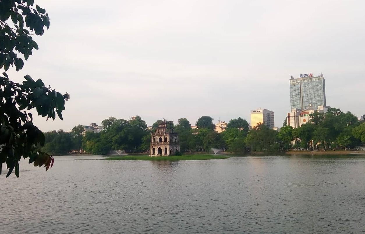 Chất lượng không khí Thủ đô có sự chênh lệch giữa các ngày trong tuần