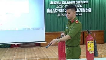 Tập huấn phòng cháy chữa cháy cho 220 cán bộ, đoàn viên Công đoàn