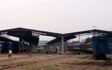 Dừng chạy nhiều chuyến tàu tuyến Hà Nội - Lào Cai do mưa lũ