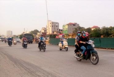 Nồng độ bụi PM2.5 vượt quá giá trị giới hạn khiến AQI khu vực Minh Khai liên tiếp ở mức kém