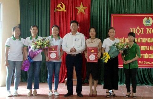 Huyện Phúc Thọ thành lập thêm 2 công đoàn cơ sở