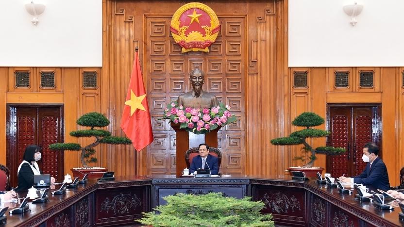 Thủ tướng Phạm Minh Chính đề nghị Chính phủ Rumani tiếp tục hỗ trợ nguồn vắc xin phòng Covid-19 cho Việt Nam