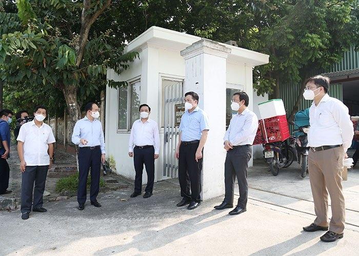 Chủ tịch Hội đồng nhân dân Thành phố Nguyễn Ngọc Tuấn: Đặt nhiệm vụ chống dịch lên hàng đầu