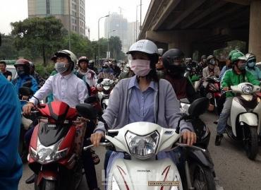 Thời tiết khô hanh, chất lượng không khí ở Hà Nội bị ảnh hưởng