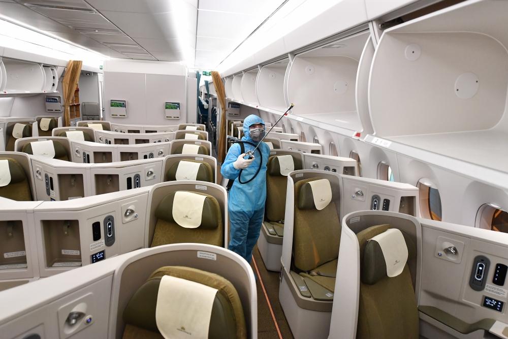 Bật mí các biện pháp phòng ngừa dịch Covid-19 trên máy bay