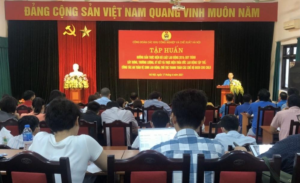 Bài 2: Đổi mới mạnh mẽ, thực chất tổ chức và hoạt động, phấn đấu xây dựng Công đoàn Thủ đô vững mạnh toàn diện