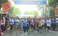 Gần 500 vận động viên tham gia Chung kết giải chạy Báo Hànộimới mở rộng