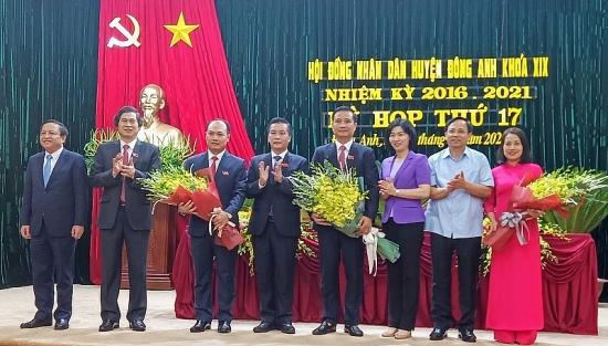 Đồng chí Nguyễn Xuân Linh được bầu làm Chủ tịch Ủy ban nhân dân huyện Đông Anh