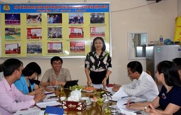 Chủ động thực hiện các nhiệm vụ chuyên môn của tổ chức Công đoàn