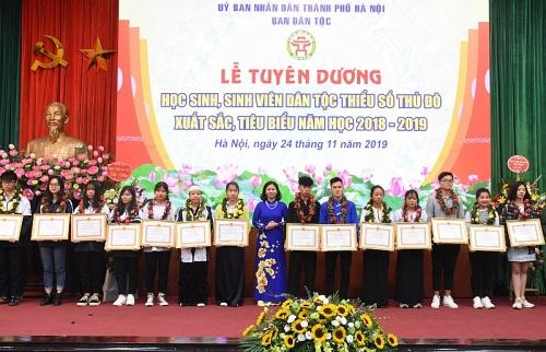 Tuyên dương 117 học sinh, sinh viên dân tộc thiểu số Thủ đô