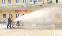 100 học viên được tập huấn phòng cháy chữa cháy và cứu nạn cứu hộ