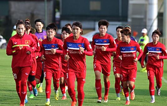 Ông Mai Đức Chung 'tỉa tót' đội hình lần cuối cho vòng loại Olympic Tokyo 2020
