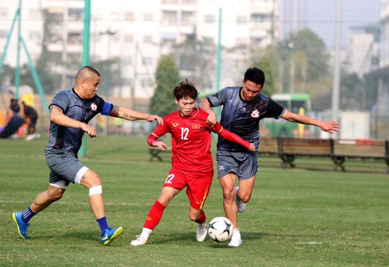Tuyển nữ Quốc gia vs Cựu cầu thủ U23: Cuộc chiến không cân sức