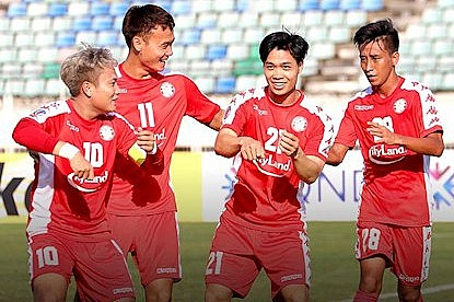 yangon united 2 2 tphcm su tro lai cua cong phuong