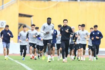 Cầu thủ của Hà Nội FC háo hức chờ V-League