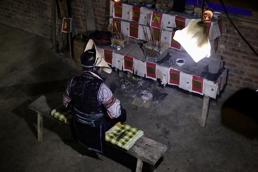Độc đáo Lễ đầu năm của thầy cúng người H'Mông ở SaPa