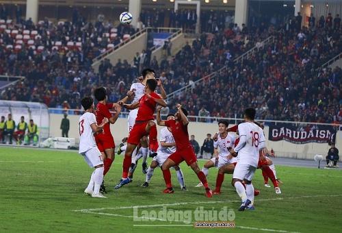 HLV Indonesia hài lòng với các học trò khi chỉ thua U23 Việt Nam ở tình huống cố định