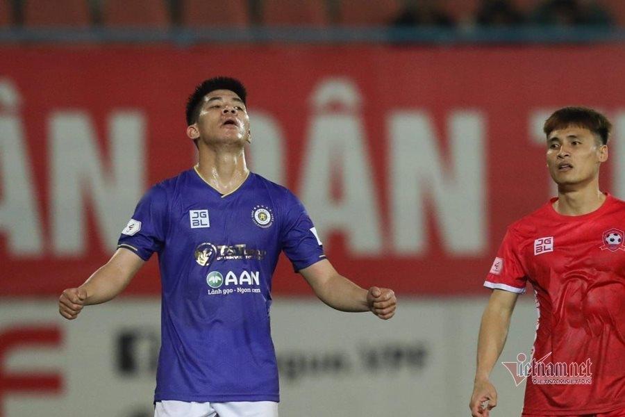 V-League 2021: Hà Nội FC có được 3 điểm đầu tiên