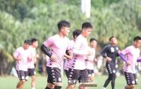 Câu lạc bộ Hà Nội tích cực luyện quân, chờ đối thủ ở V-League
