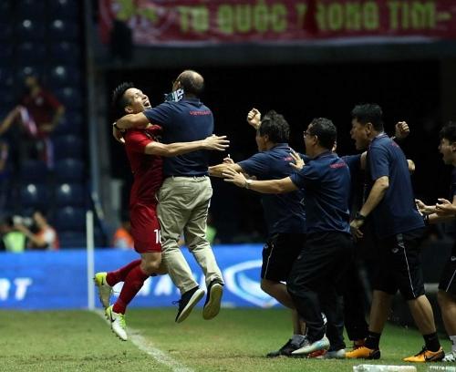 kings cup 2019 khong chi o ti so dt thai lan da thua viet nam mot cach toan dien