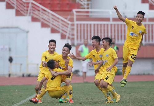 Thắng sát nút U15 HAGL, Thanh Hóa có 3 điểm đầu tiên