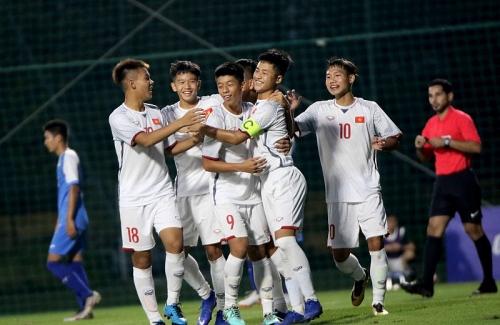 Hủy diệt Mông Cổ, U16 Việt Nam trở lại ngôi đầu bảng H