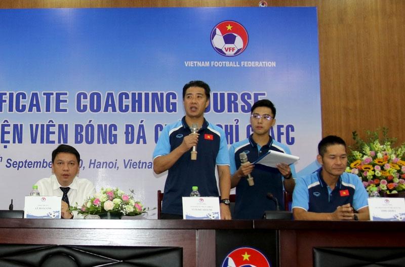 Khai giảng khóa đào tạo huấn luyện viên bóng đá chứng chỉ C,  AFC 2020