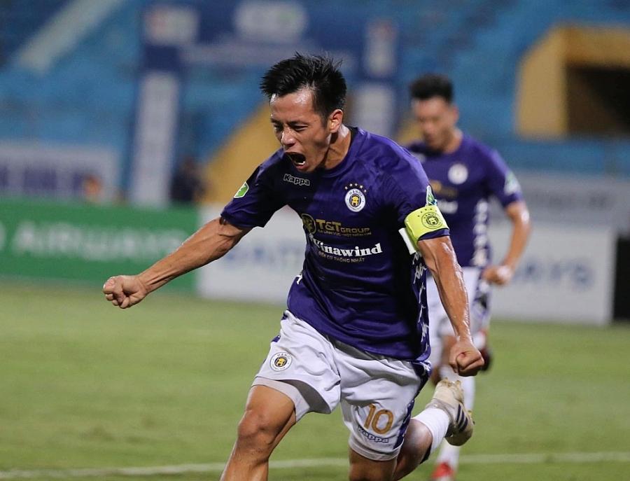 Thầy trò ông Chung Hae-seong thua đậm Câu lạc bộ Hà Nội không chỉ vì thể lực