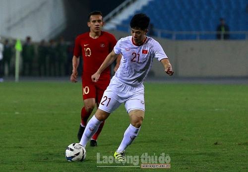 Huấn luyện viên Park Hang Seo tiếp tục đặt niềm tin vào Đình Trọng