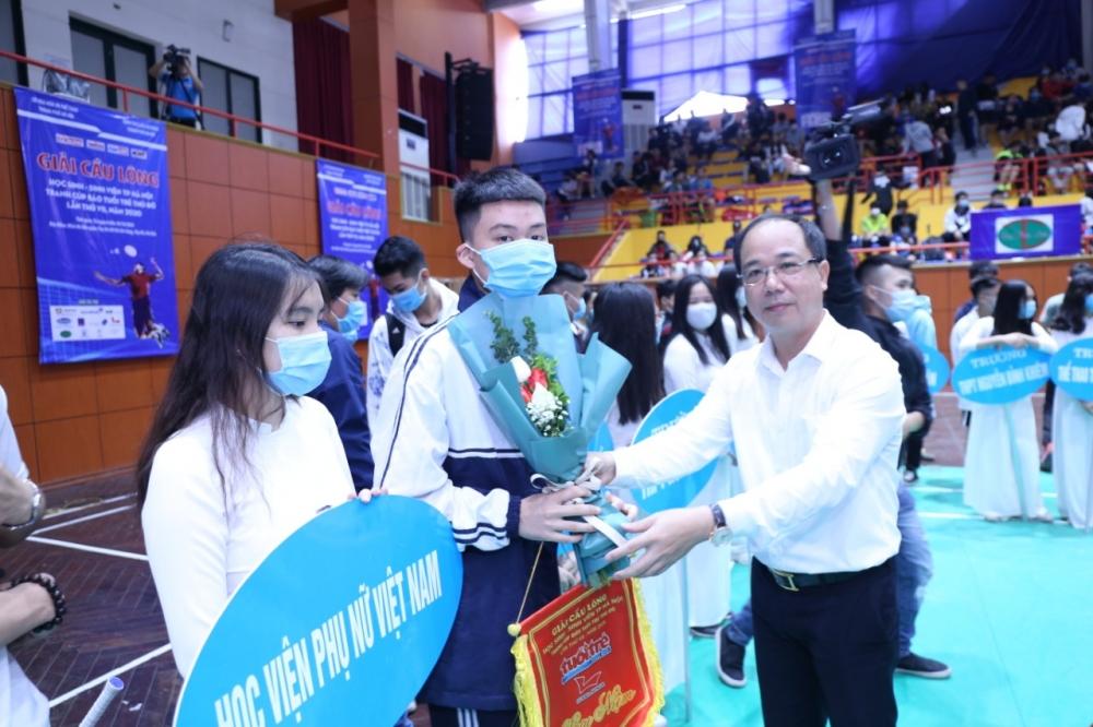 Hơn 800 vận động viên tranh tài tại Giải Cầu lông Học sinh - Sinh viên thành phố Hà Nội năm 2020