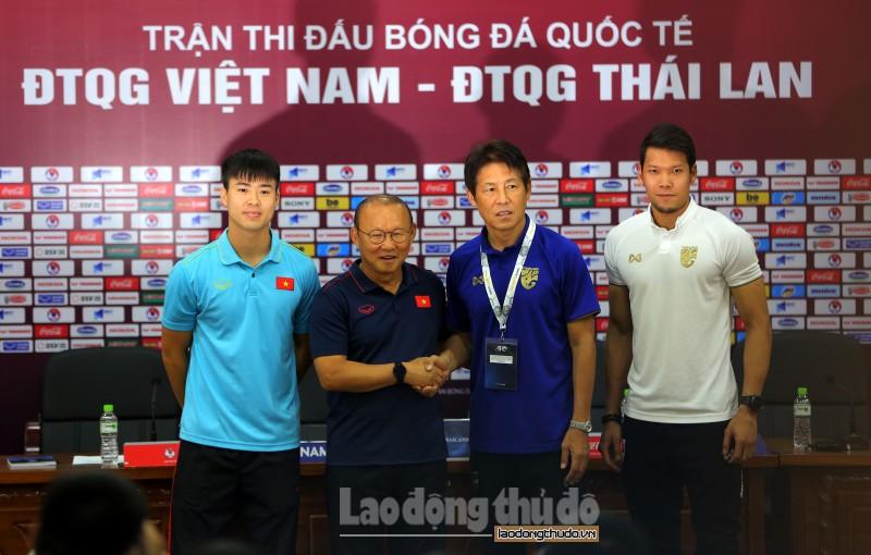 HLV Park Hang-seo: Quang Hải đang nhận được lời mời từ đội bóng châu Âu