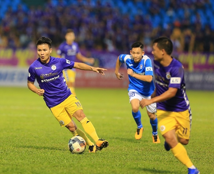 Dù thắng đậm Than Quảng Ninh, Hà Nội FC vẫn để mất ngôi vô địch