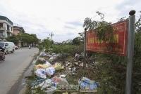 Những tuyến đường ngập rác thải ở quận Hoàng Mai