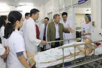 Ấm áp nghĩa tình trong đêm giao thừa tại Bệnh viện E