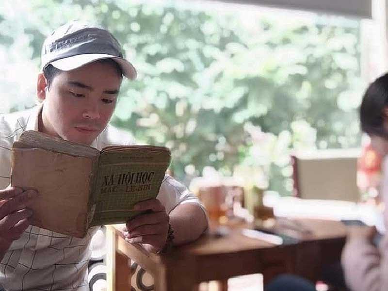 Chàng trai Hà Nộihiến giác mạc khi đơn còn ở bưu điện