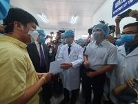 Một trong hai người Trung Quốc đầu tiên mắc virus Corona được xuất viện