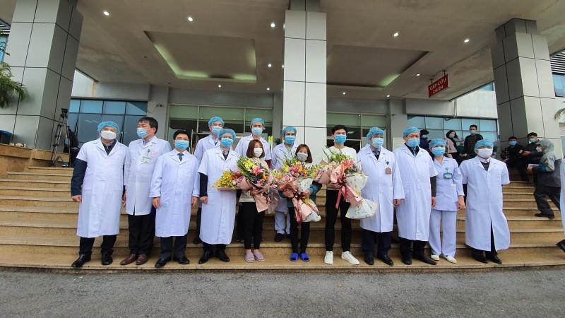 Ba bệnh nhân nhiễm virus Corona Vĩnh Phúc được xuất viện
