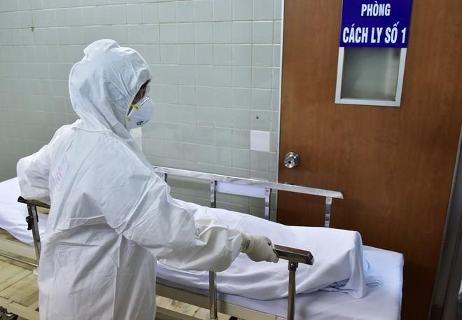 Bệnh nhi đầu tiên dương tính với virus Corona