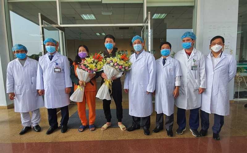 2 bệnh nhân Vĩnh Phúc mắc Covid-19 được xuất viện