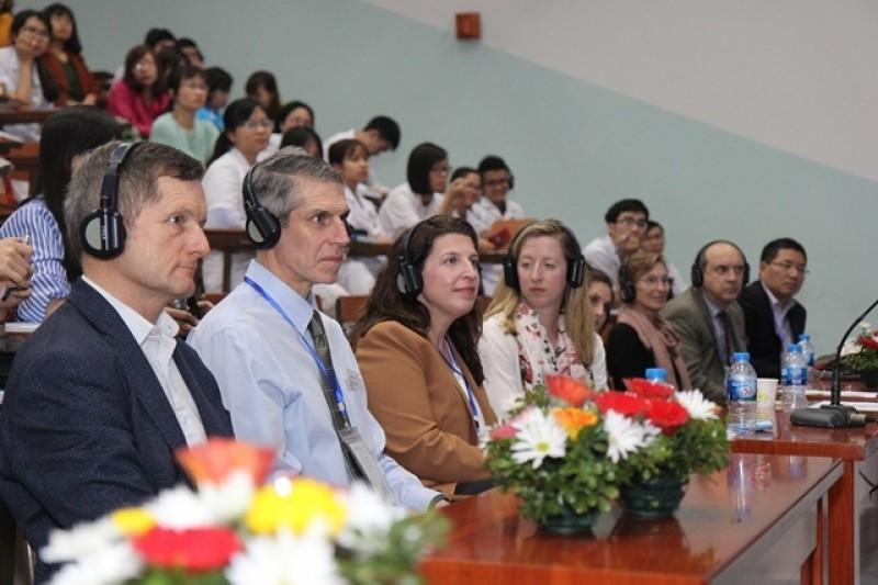 Hội thảo khoa học Hồi sức – Cấp cứu Nhi khoa Việt – Mỹ